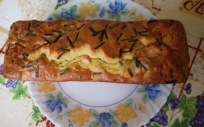 Cake surimi, comté et ciboulette