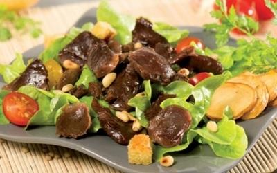 Salade De Gésier Et ça vinaigrette de fraise