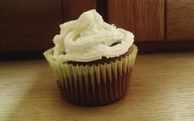 Muffins au chocolat, glaçage mascarpone