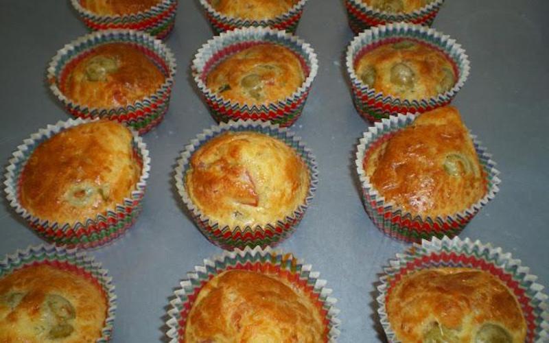 Mini-cakes jambon et olives vertes