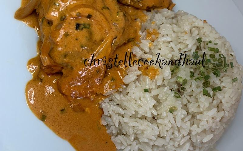 Poulet tandoori en sauce et riz coco