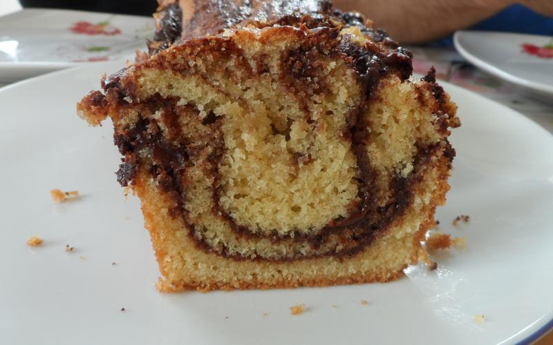 Cake noisettes-chocolat