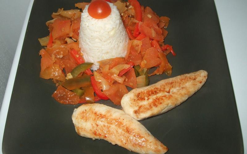 Poulet basquaise et son riz