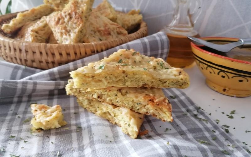 Pain express à la moutarde et au fromage