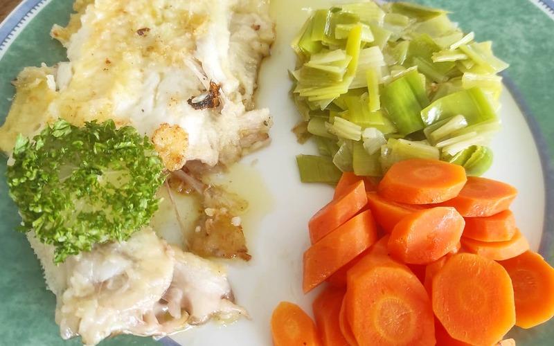 Sole meunière, carottes & fondue de poireaux