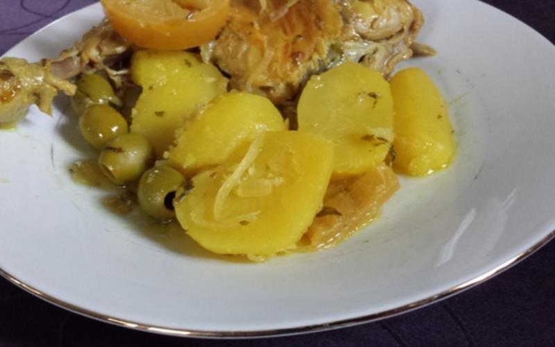 Poulet aux olives  vertes ( recette Marocaine