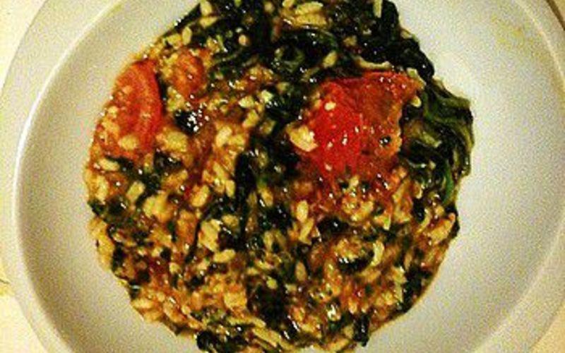 Risotto sauce tomate et épinards