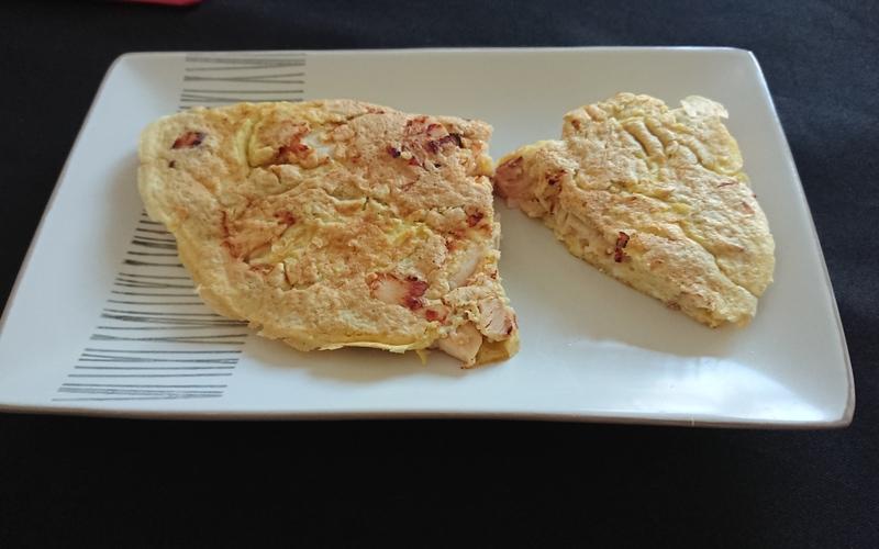Omelette coco, poulet et gruyère