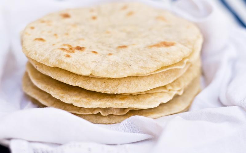 Recette tortillas mexicaines moelleuses pas ch re et - Cuisine mexicaine tortillas ...