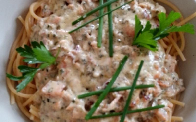 Pâtes au saumon vodka à l'italienne
