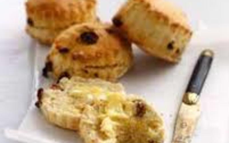 Scones  aux pépites de choco et raisins secs