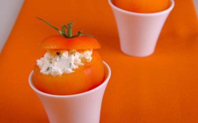 Tomates au chèvre frais et à la ciboulette