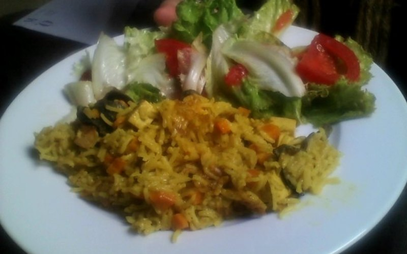 Riz et tofu fumé au curry