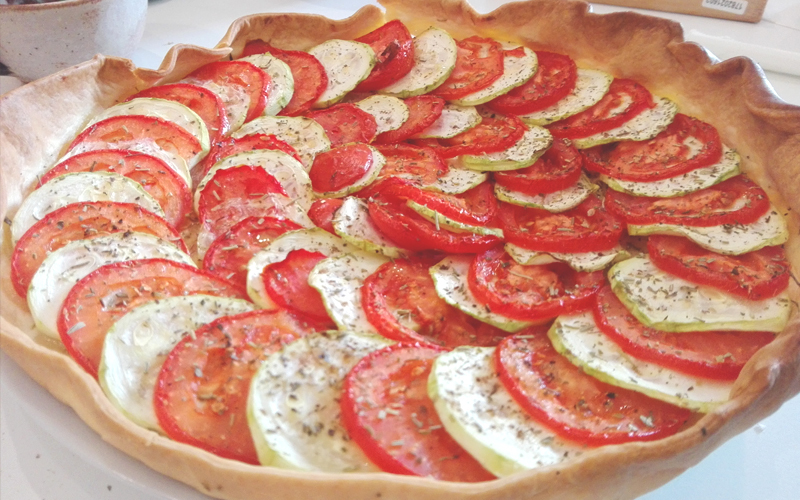 recette tarte courgette tomate pas ch re et facile. Black Bedroom Furniture Sets. Home Design Ideas