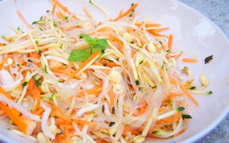 Salade thaï aux carottes