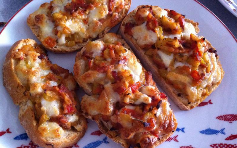 Tartine tomate-courgette