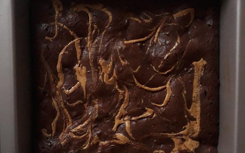 Brownie moelleux au beurre de cacahuète