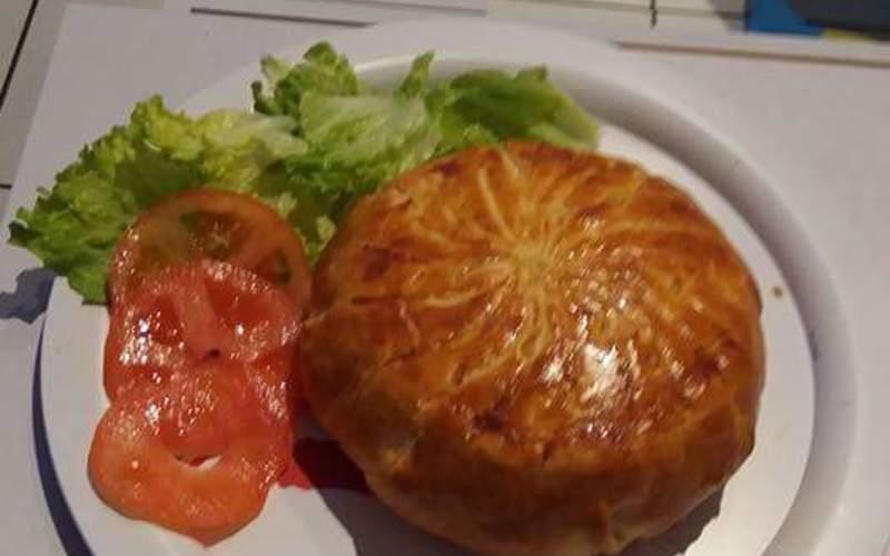 recette feuilleté au camembert, lardons et pommes de terre