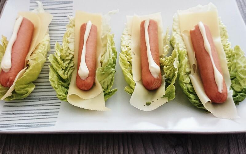 Barquettes de salade et knackis