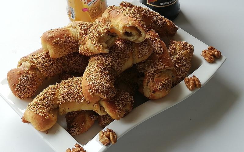 Viennoiseries turque au tahin et noix