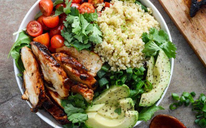 Salalde de poulet, quinoa
