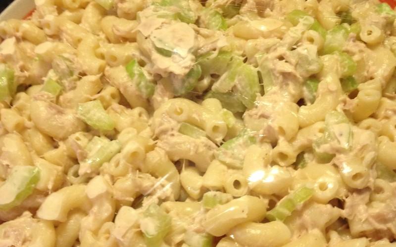 Recette salade de thon pas ch re et rapide cuisine tudiant - Recette mayonnaise au mixeur ...