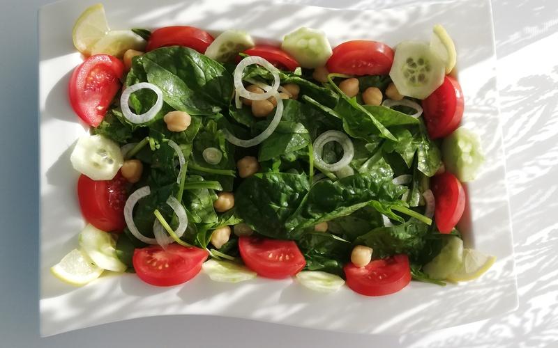 Salade aux  pousses d'épinard