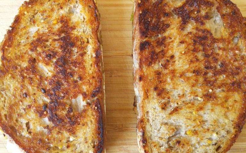 Grilledcheese sandwich jambon-pesto