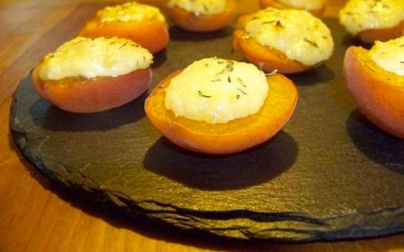 Abricots au chèvre