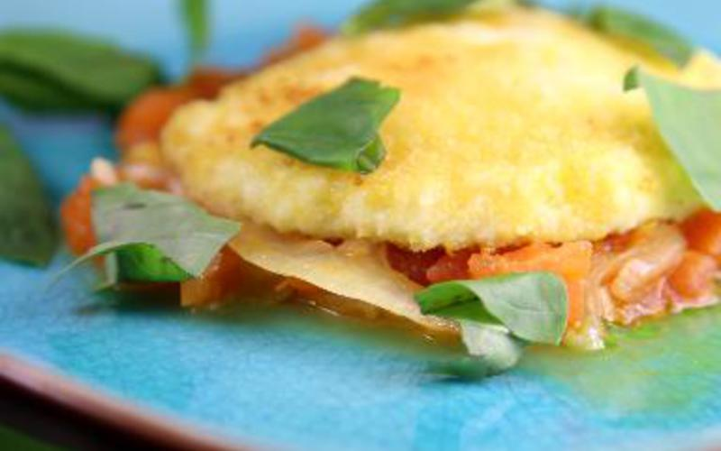 Mozarella panée sur coulis de tomates