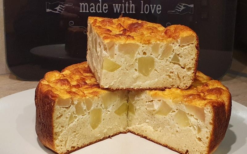 Gâteau moelleux pommes-amandes