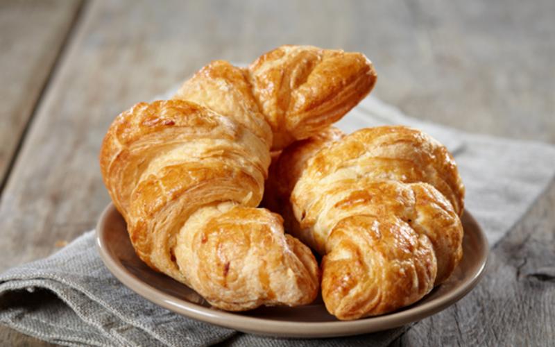 """croissants au beurre """" fait maison"""""""