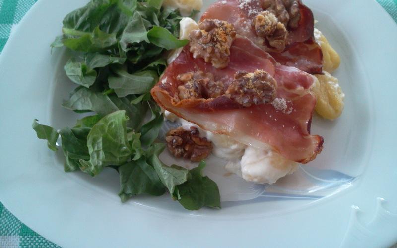 Gnocchis au jambon cru et aux noix
