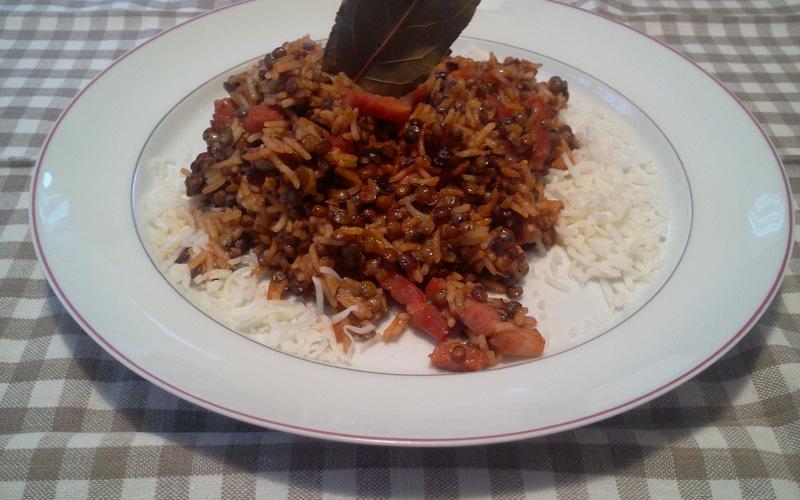 Lentilles et riz à la tomate
