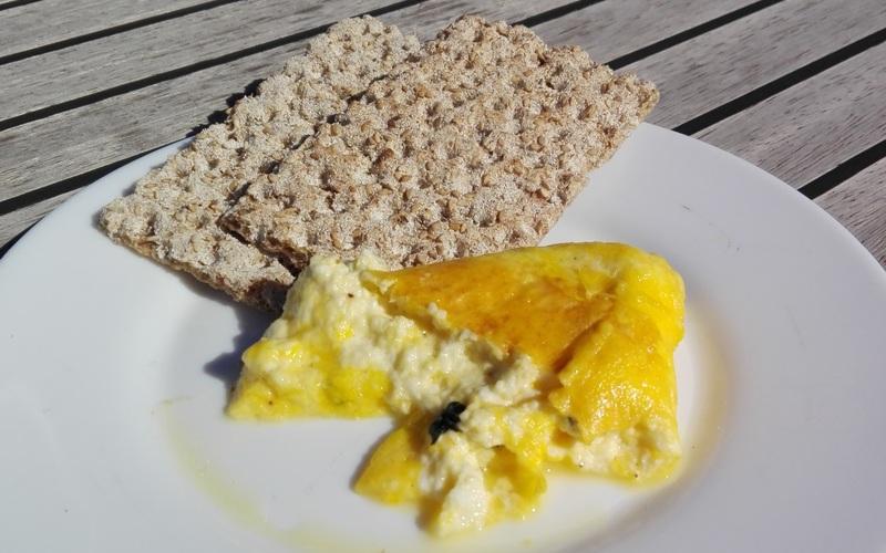 Omelette brocciu menthe, originale mais délicieux!