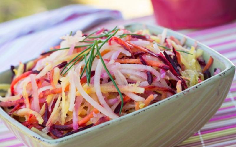Salade de soja et de poires à la sauce sésame