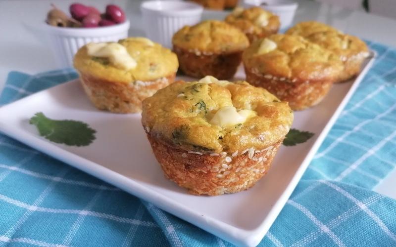Muffins salés au thon et poireaux