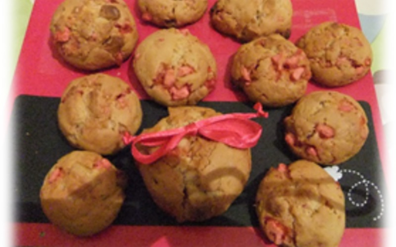 Cookies au chocolat blanc et à la praline rose