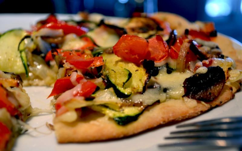 Pizza aux légumes croquants