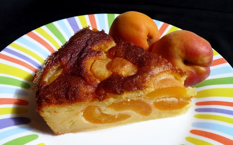 Gâteau-clafoutis aux abricots