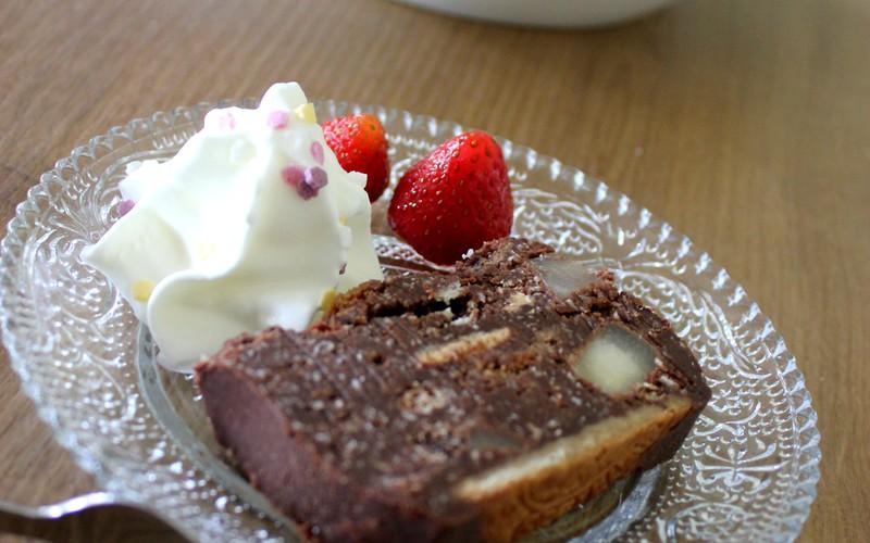 Terrine aux galettes St Michel, poires et chocolat