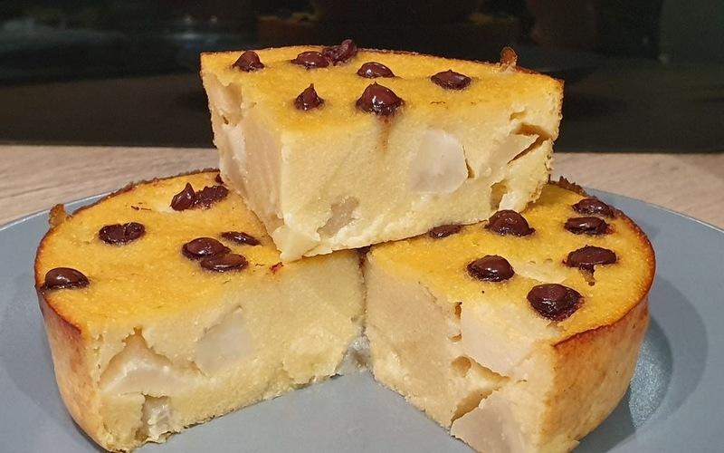 Gâteau de semoule poire-pépites de chocolat